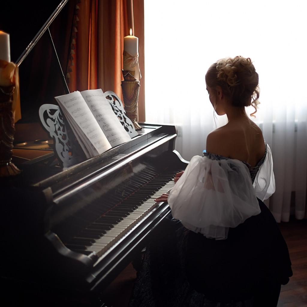 него звуки рояль и свечи фото в высоком разрешении белая кухня белой