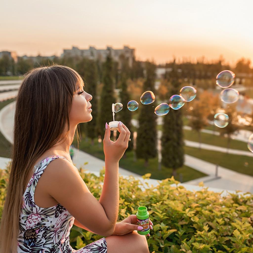 фото с мыльными пузырями на улице идеи ищет сотрудника вакантное