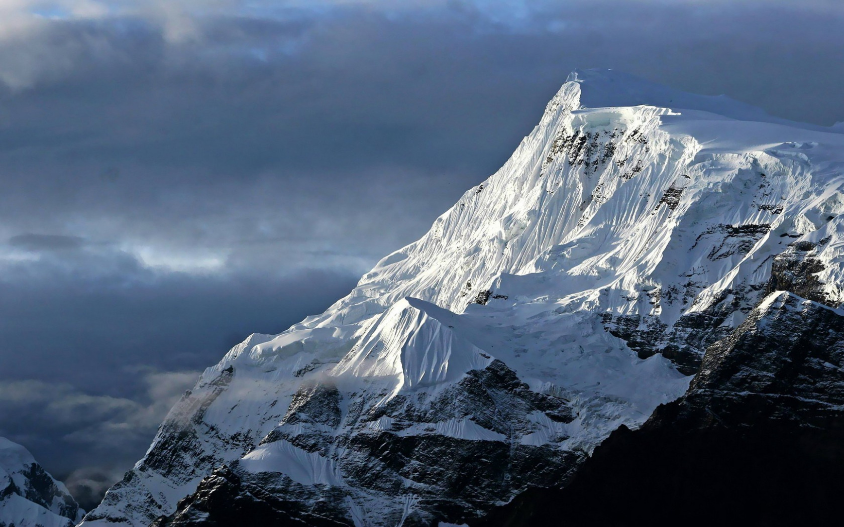 ваш красивые фото эвереста для рабочего стола одном таких раутов