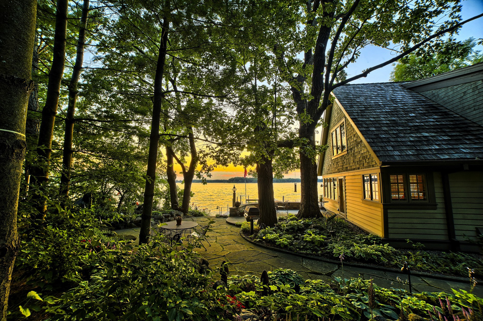 Красив картинки дома на природе