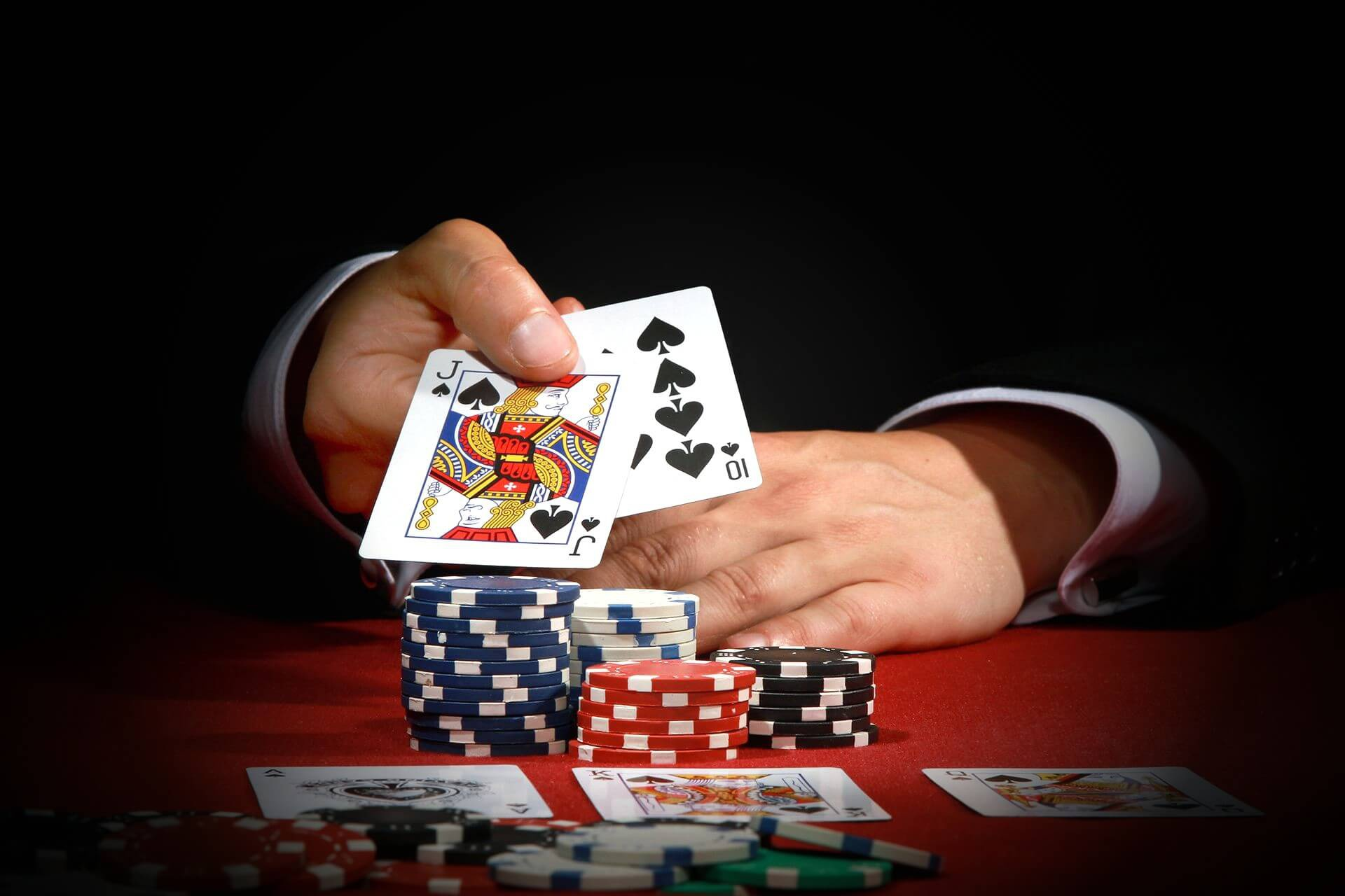 karty-kazino-poker-vyigrysh.jpg (1920×1280)