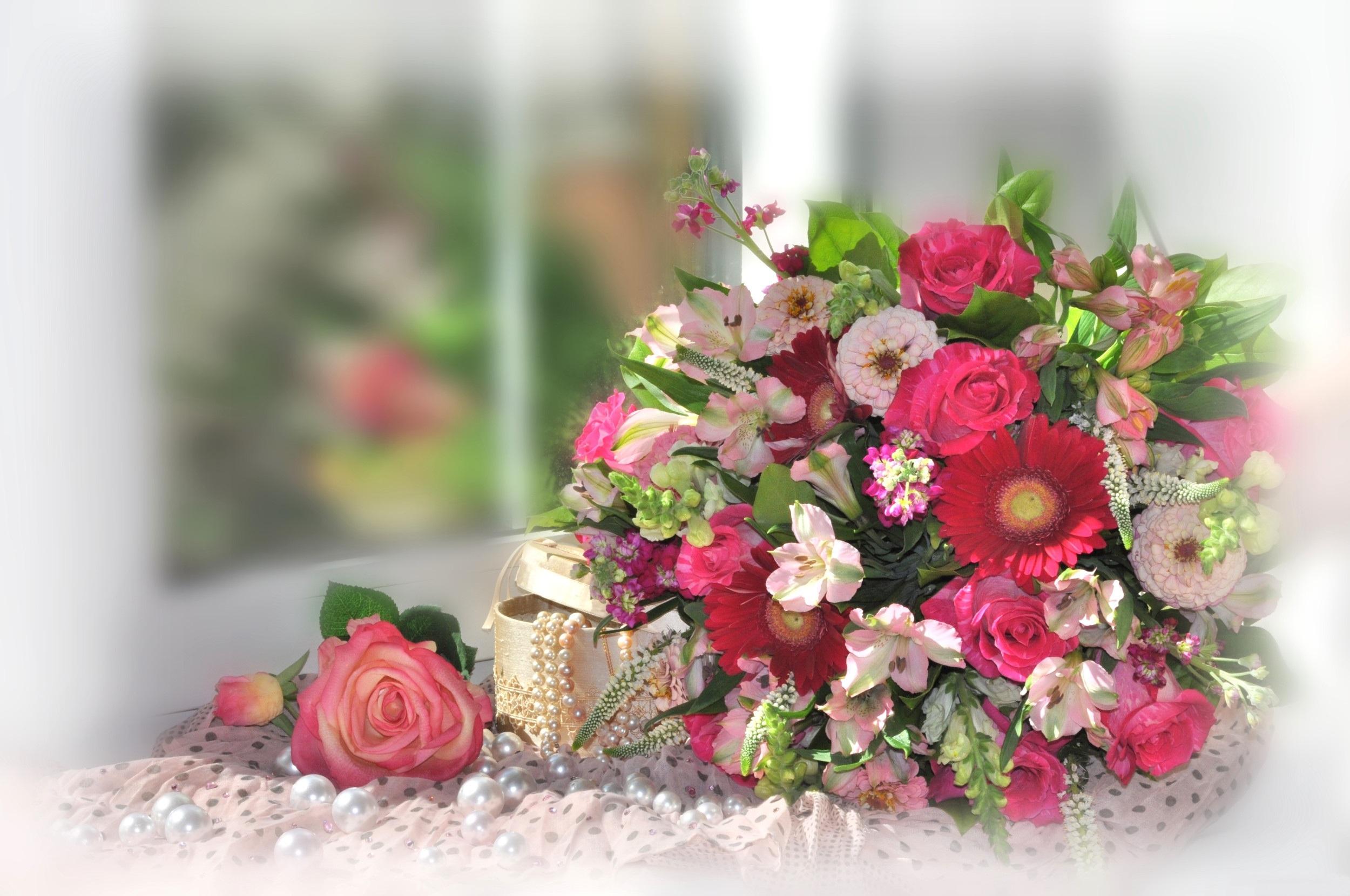 пропеть красивые оригинальные букеты цветов открытки камчатке