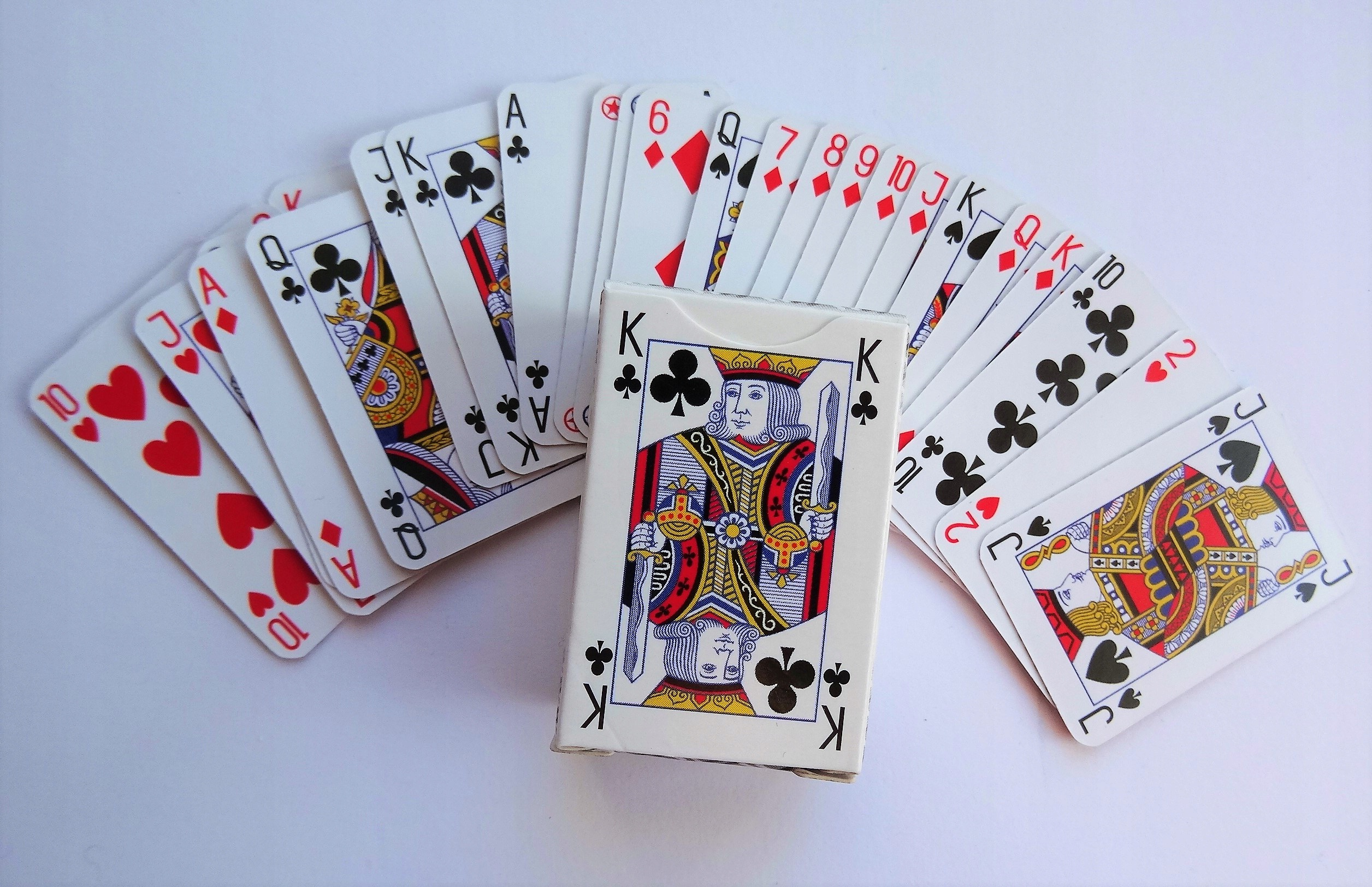 Картинки карт в которые играют