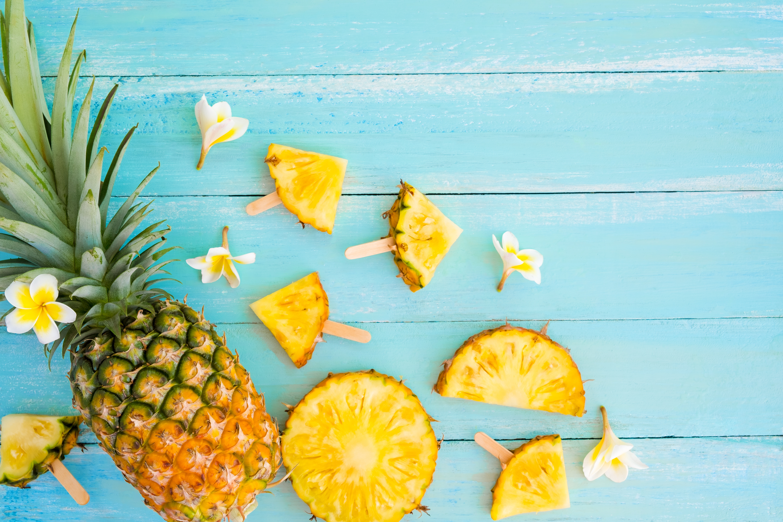 Новый год, яркие летние картинки ананас