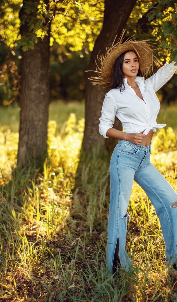 удачные позы для фото около дерева выбор спецтехники нижегородской