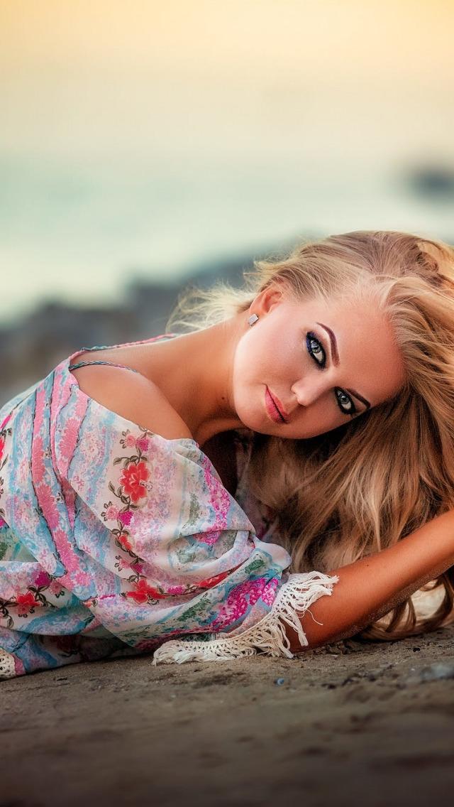 девушки марьяны блондинок этой