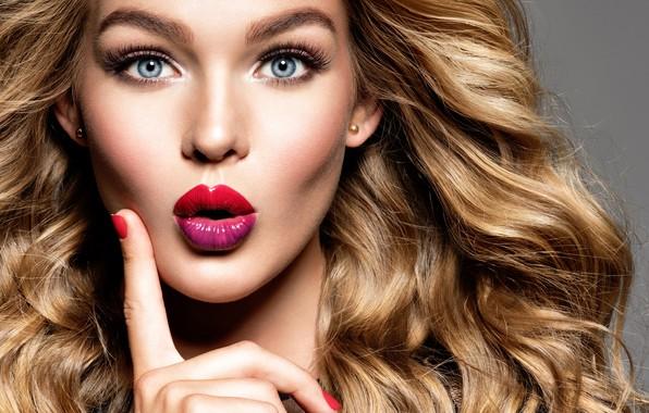Картинка взгляд, лицо, портрет, макияж, помада, блондинка, fashion, жест, model, makeup