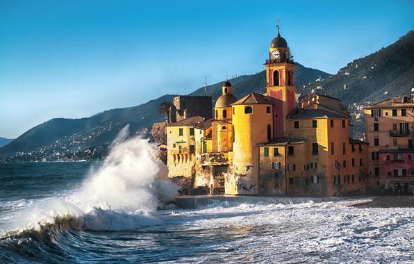 Картинка waves, beach, sea, coast, italy, buildings, vacation, travel, camogli
