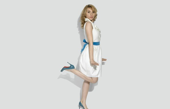 Картинка скарлет йохансон, ножки, scarlett johansson