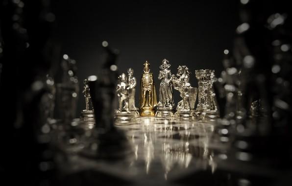 Картинка стиль, золото, игра, блеск, фокус, шахматы, доска, позолота, материал, фигуры, партия, фигурки, королева, chess, король