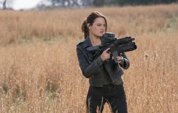 Картинка взгляд, поза, оружие, макияж, фигура, Emma Stone, Эмма Стоун, Wichita, Zомбилэнд: Контрольный выстрел, Zombieland: Double …