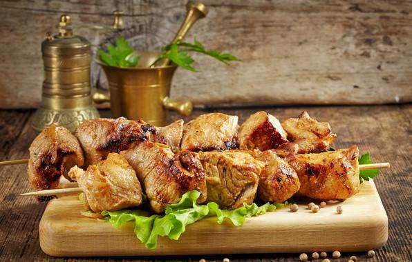 Картинка мясо, доска, специи, шашлыки