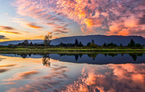Картинка облака, деревья, пейзаж, закат, горы, природа, озеро, отражение, Канада