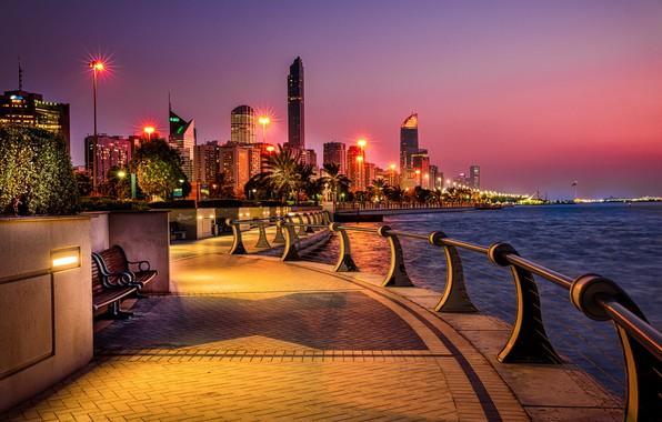 Картинка вода, город, здания, вечер, освещение, фонари, набережная, ОАЭ, Абу-Даби, Эмираты