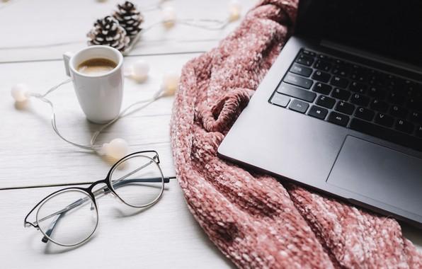 Картинка зима, шарф, очки, ноутбук, winter, cup, coffee, glasses, laptop, чашка кофе
