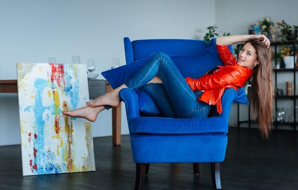 Картинка взгляд, девушка, поза, джинсы, картина, кресло, длинные волосы, Вячеслав Морозов