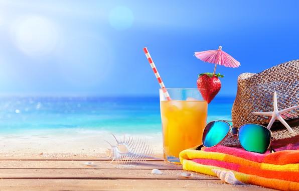 Обои море, пляж, лето, отдых, summer, beach, каникулы, sea, hat, drink, vacation, sunglasses