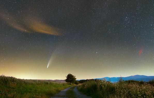 Картинка дорога, комета, road, comet, NEOWISE, Jarek Oszywa, туманность Сердце и Душа, Heart and Soul nebula