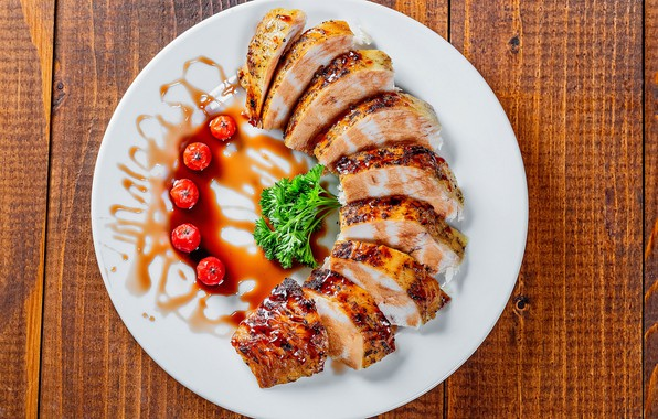 Картинка ягоды, тарелка, мясо, нарезка