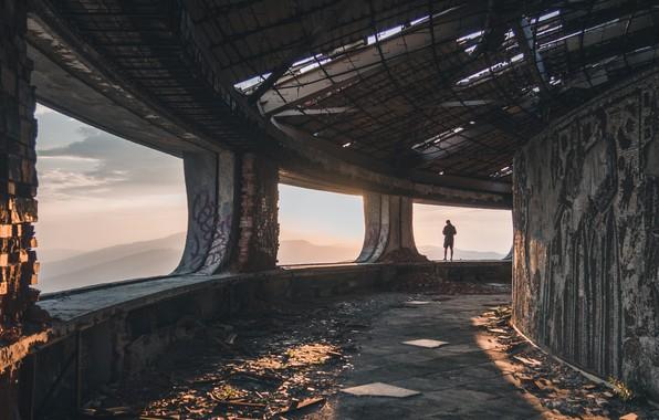 Картинка Graffiti, Ruin, Abandoned, Past, Person, Mosaic, Shards