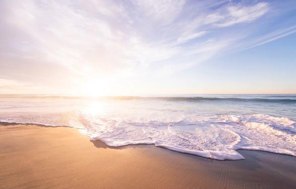 Картинка песок, море, волны, пляж, лето, небо, вода, солнце, радость, тепло, океан, отдых, берег, побережье, отпуск, …
