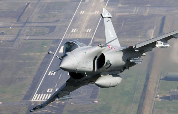 Картинка Истребитель, Ракета, Пилот, ВПП, Dassault Rafale, ВВС Франции, Кокпит, Armée de l'Air, ИЛС, ПТБ, MBDA …