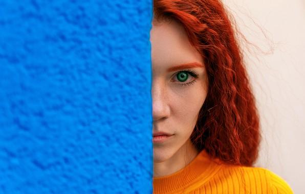 Картинка взгляд, девушка, лицо, стена, портрет, рыжая, рыжеволосая, Артём Семагин