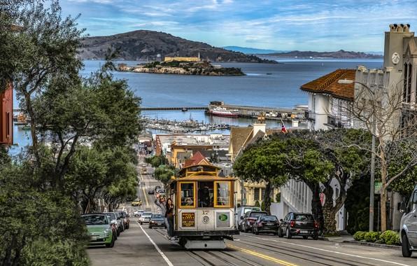 Картинка дорога, океан, улица, побережье, здания, дома, Калифорния, Сан-Франциско, трамвай, США, Hyde Street