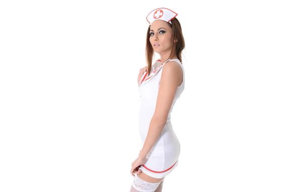 Cindy Hose Brown Hair Smiling Bathrobe Nurse Mylf 1