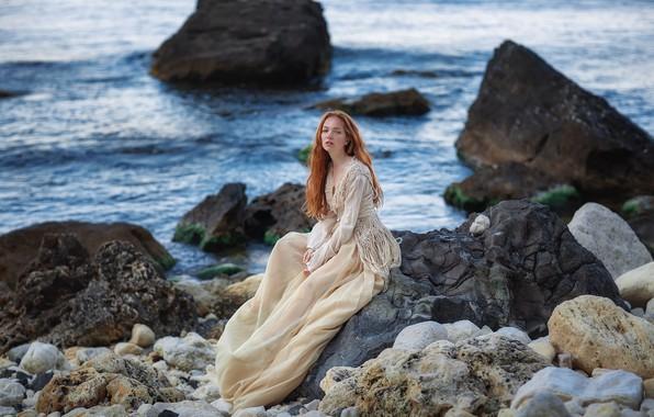 Картинка море, взгляд, девушка, поза, камни, скалы, побережье, платье, рыжая, рыжеволосая, Крым, Чёрное море, Оксана, Анастасия …