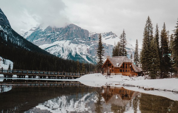 Картинка house, forest, Canada, sky, trees, nature, bridge, winter, mountains, lake, snow, landscapes, fog, reflection, walkway, …