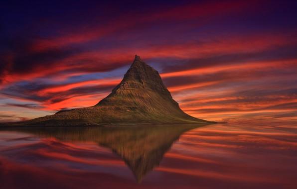 Картинка гора, Исландия, Kirkjufell