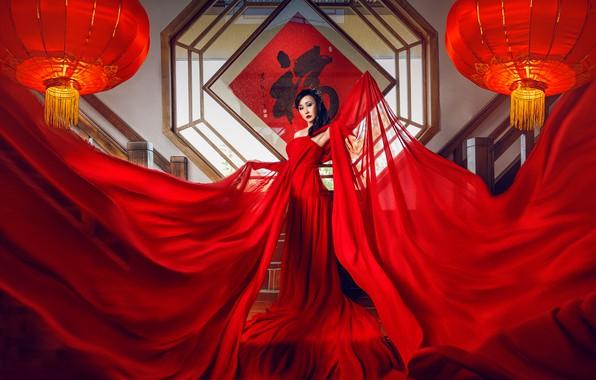 Картинка поза, стиль, модель, ткань, азиатка, красное платье, фонарики