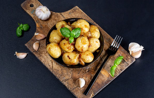 Картинка чеснок, картофель, базилик