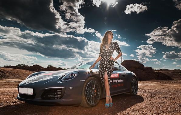 Картинка солнце, облака, пейзаж, модель, портрет, макияж, фигура, платье, прическа, шатенка, ножки, стоит, автомобиль, позирует, сексуальная, …