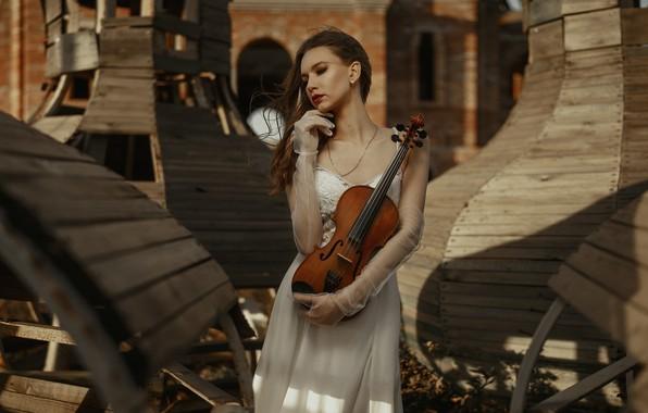 Картинка девушка, поза, стиль, настроение, скрипка, перчатки, свадебное платье, Иван Ковалёв, Катерина Логинова