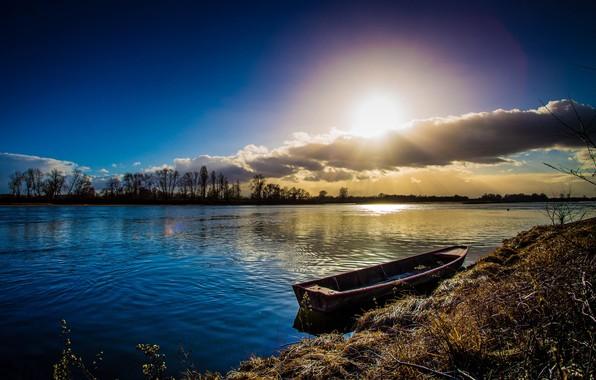 Картинка солнце, облака, река, лодка