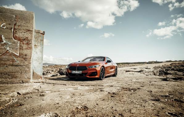 Картинка стена, купе, BMW, Coupe, 2018, 8-Series, тёмно-оранжевый, M850i xDrive, 8er, G15