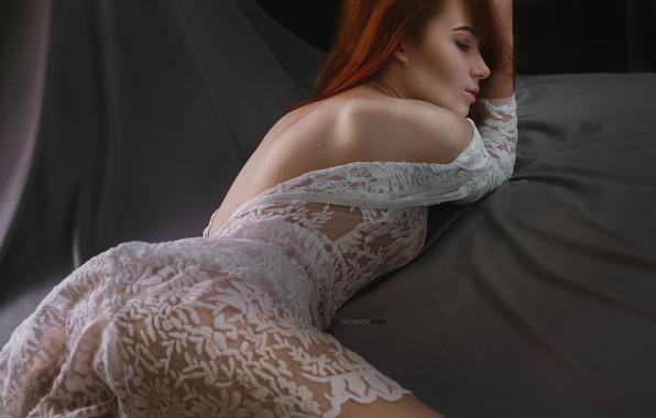 Картинка девушка, поза, спина, платье, закрытые глаза, Эльвира Позднышева, Alexander Drobkov-Dark