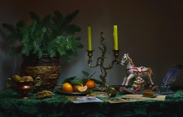 Картинка фото, ветка, свечи, ваза, орехи, натюрморт, фигурки
