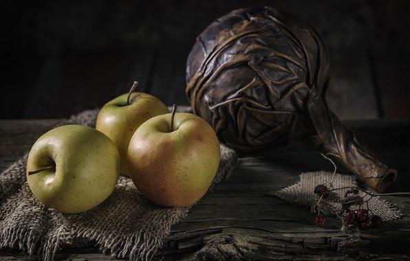 Картинка яблоки, три, натюрморт