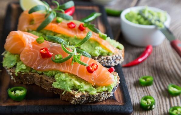 Картинка рыба, хлеб, лайм, перец, соус, wood, чили, бутерброды, разделочная доска