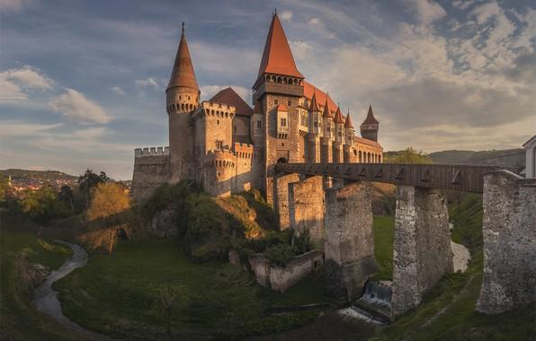 Картинка мост, река, замок, Romania, Румыния, Трансильвания, Transylvania, Хунедоара, Corvin Castle, Замок Корвинов, Hunedoara, Река Черна
