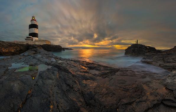 Картинка море, закат, камни, маяк, Ирландия