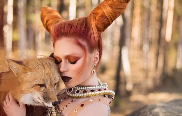 Картинка девушка, украшения, лицо, стиль, настроение, макияж, лиса, рога, рыжая, причёска, рыжеволосая, закрытые глаза, Екатерина Булавина