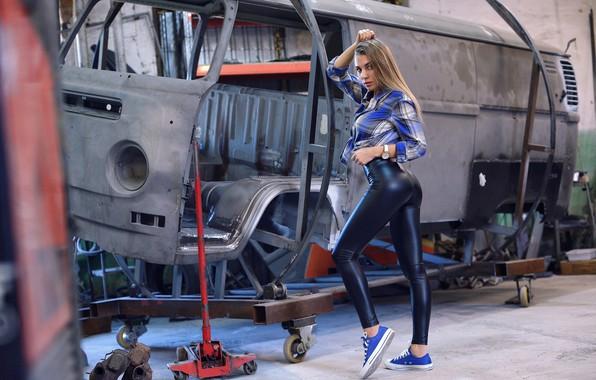 Картинка попа, поза, Девушка, рубашка, ножки, Вячеслав Ивахненко, Юлия Федосеева