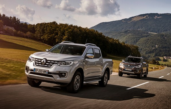 Фото обои серый, трасса, Renault, коричневый, 4x4, 2017, Alaskan, пикапы