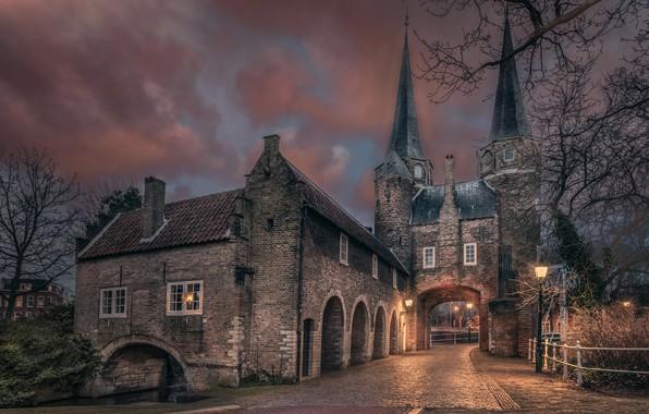 Картинка дорога, город, вечер, ворота, фонари, архитектура, Голландия, Chiel Koolhaas
