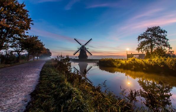 Картинка туман, утро, мельница, канал, Нидерланды, Голландия