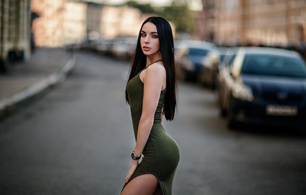 Картинка girl, long hair, cars, dress, photo, photographer, blue eyes, model, street, bokeh, lips, face, brunette, …